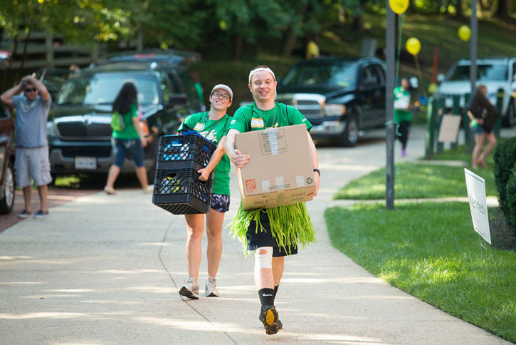 Move-in crew at George Mason University